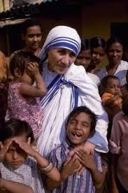 Những câu chuyện về các bức họa Mẹ Têrêsa