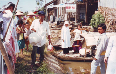 MINISTERING TO THE POOREST OF THE POOR IN SAIGON VIETNAM ACCORDING TO THE SPIRITUALITY