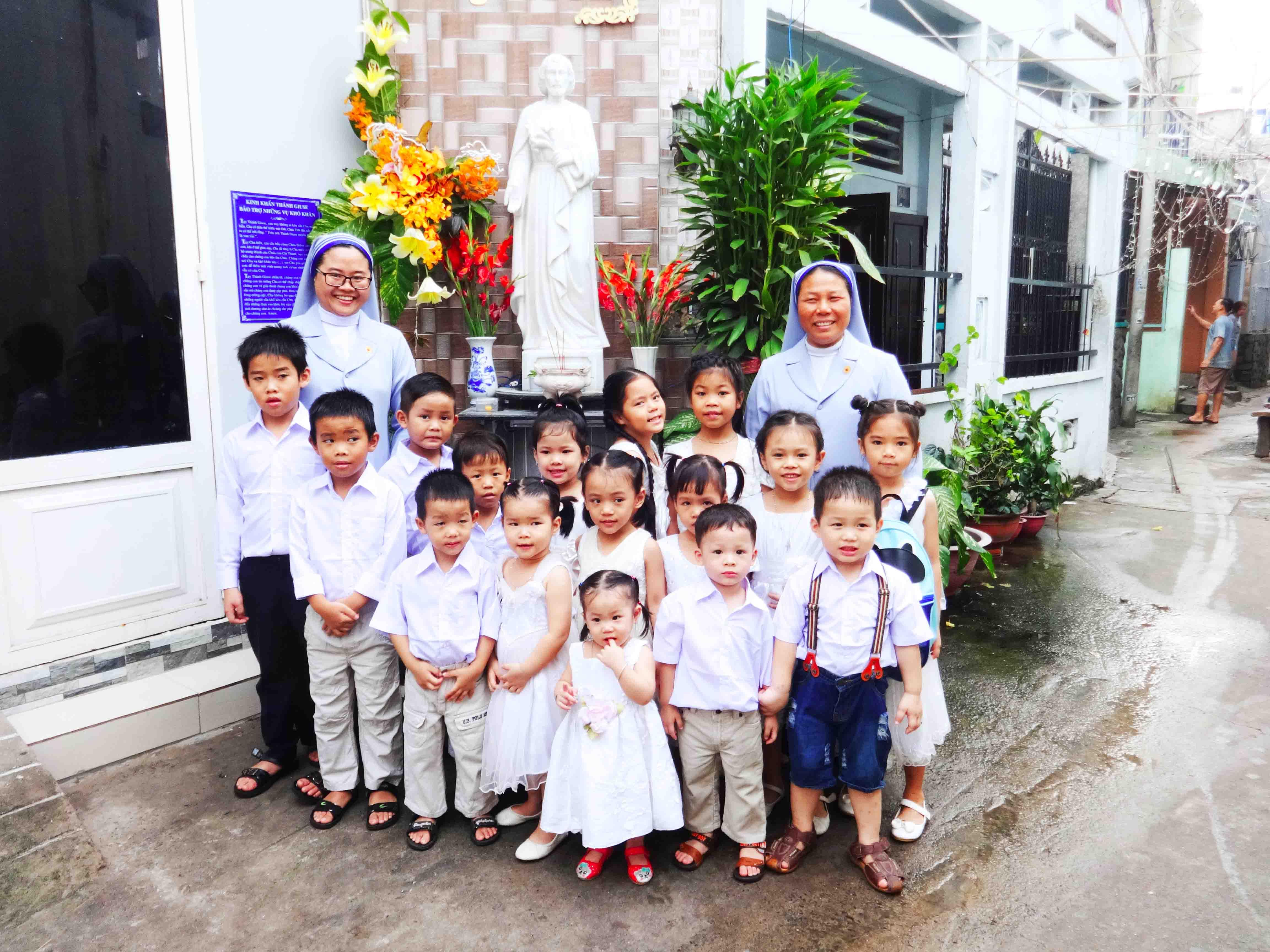 CỘNG ĐOÀN THÁNH MATTA (Gò Vấp, Sài Gòn) -     Mái Ấm Hướng Dương - Cô nhi viện và trung tâm bảo trợ trẻ em